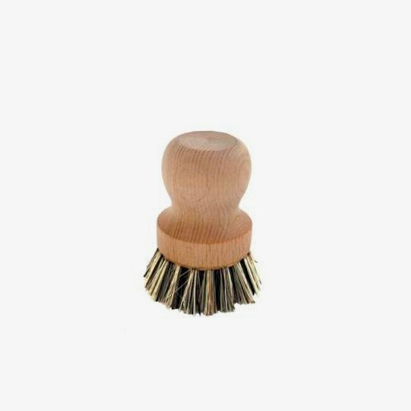 cepillo para cacerolas de madera y fibras vegetales