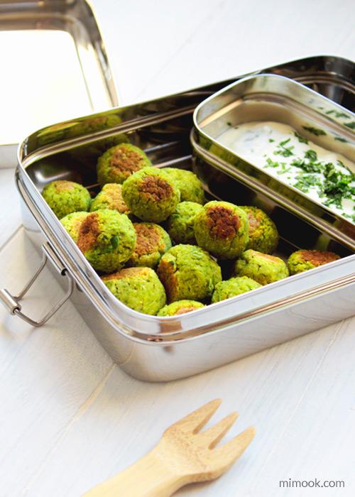 falafels de guisantes en lunchbox