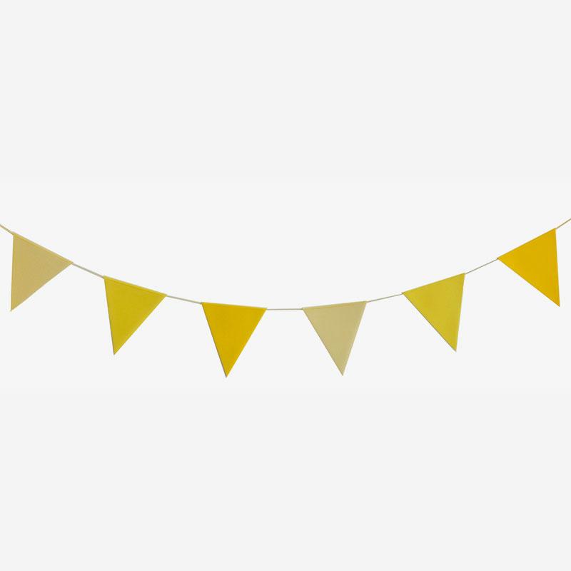 guirnalda de papel amarilla