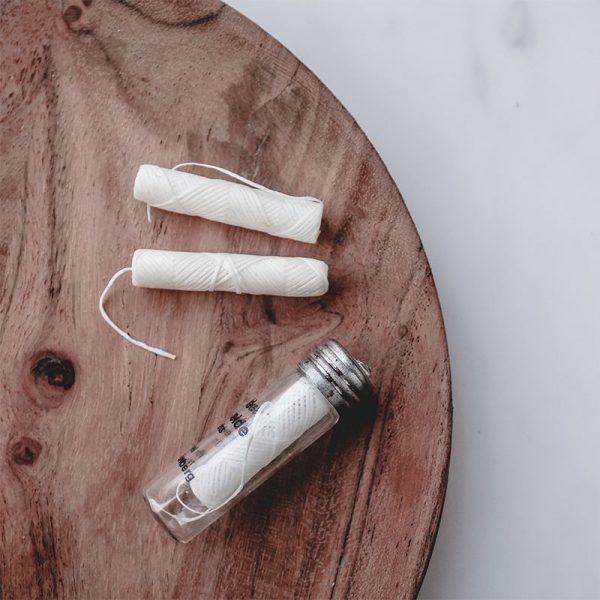 hilo dental de seda natural Vomel