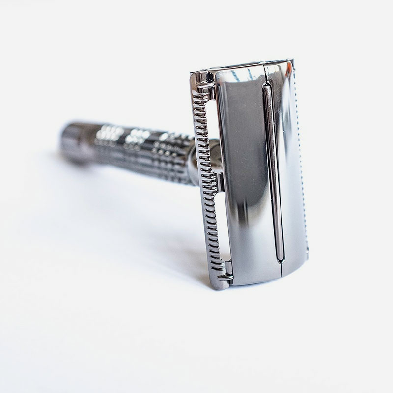 maquinilla de afeitar apertura mariposa black
